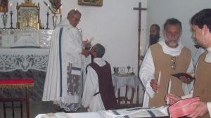 benção e distribuição das velas bentas em festa da Purificação de N. Senhora