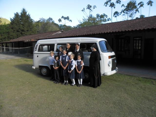 Transporte escolar do colégio São José